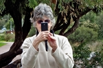 old-woman-with-smart-phone.jpg
